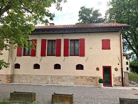 Facciata esterna di Barchessa Rossetti